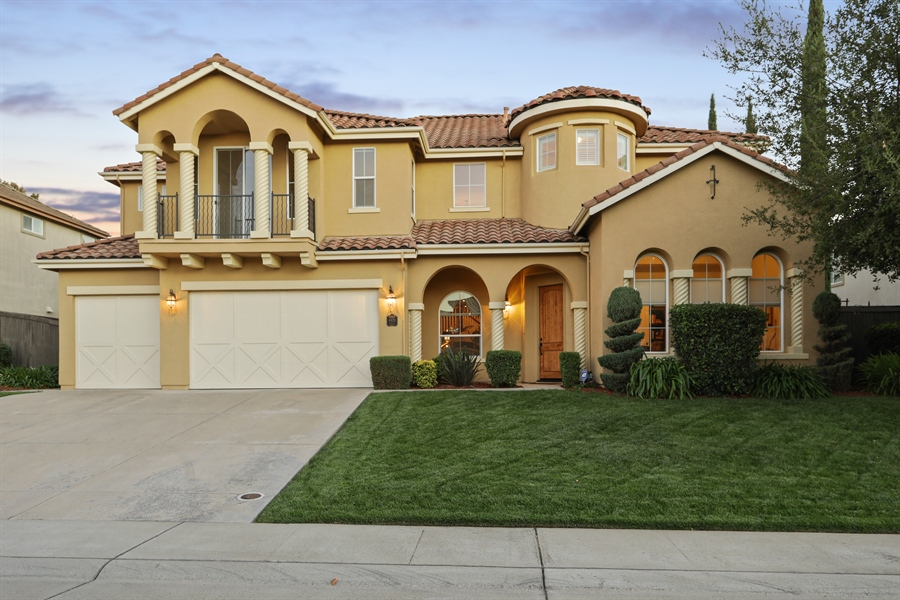 Real Estate Photography - 4420 Longview Dr, Rocklin, CA, 95677 - Welcome To This Majestic Home