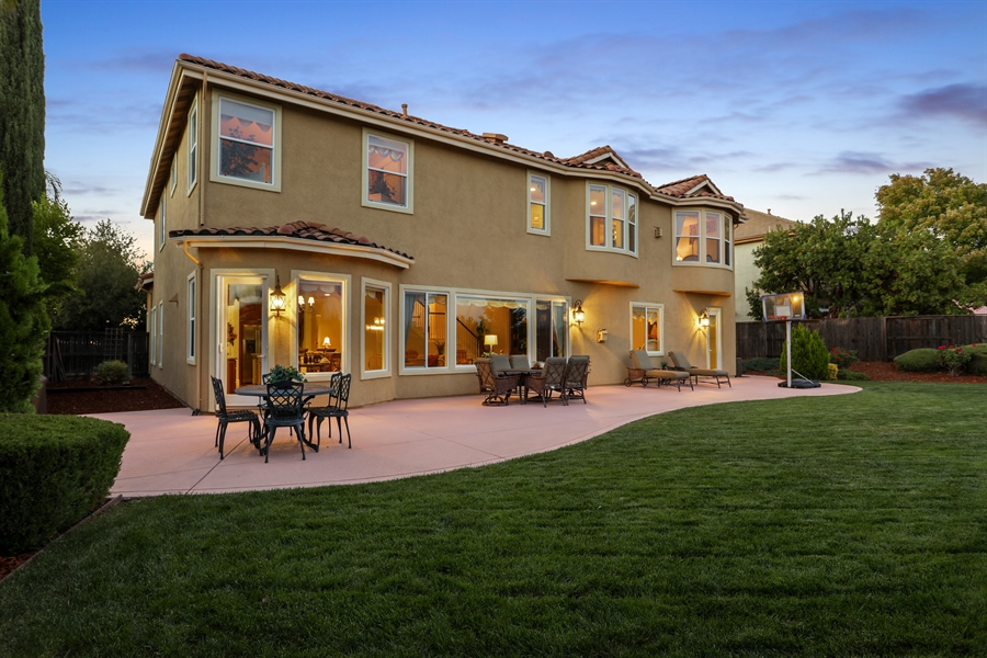 Real Estate Photography - 4420 Longview Dr, Rocklin, CA, 95677 - Spacious/Private Back Yard Ideal for Entertainment
