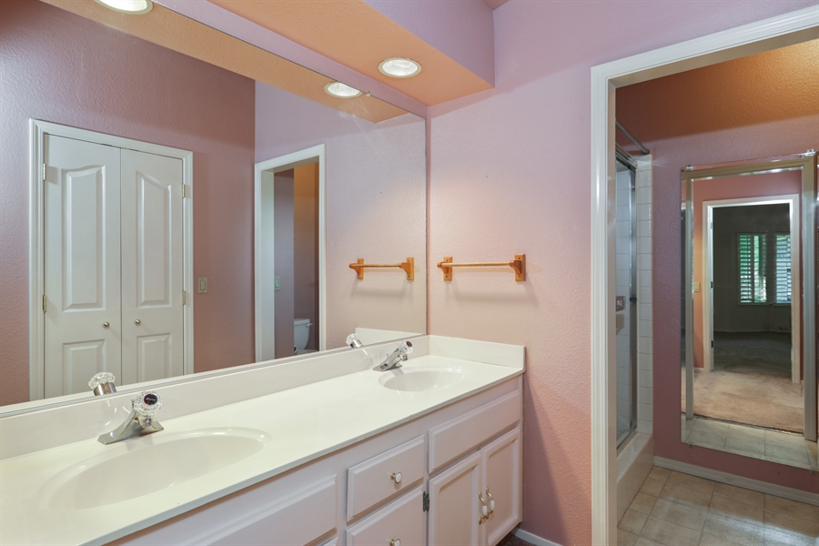 Real Estate Photography - 9417 Forest Vista Way, Elk Grove, CA, 95758 - Master Bathroom