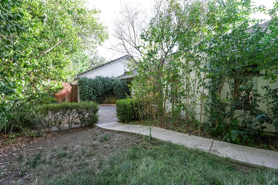 Real Estate Photography - 9417 Forest Vista Way, Elk Grove, CA, 95758 - Back Yard