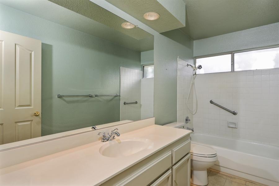 Real Estate Photography - 9417 Forest Vista Way, Elk Grove, CA, 95758 - Bathroom