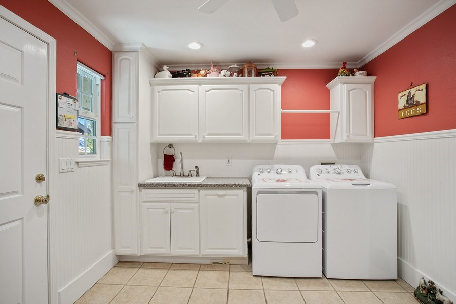 Real Estate Photography - 7961 Charlotte Ln, Vacaville, CA, 95688 - Laundry Room
