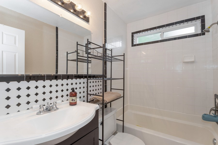Real Estate Photography - 2691 Brannan Way, West Sacramento, CA, 95691 - Bathroom