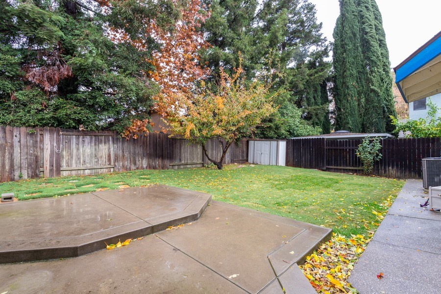 Real Estate Photography - 497 Cool Wind Way, Sacramento, CA, 95831 - Back Yard