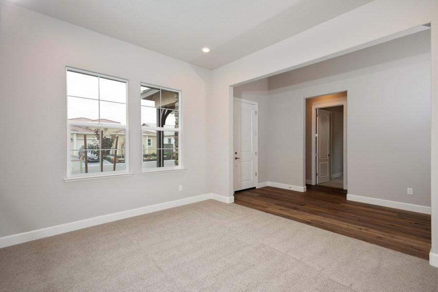Real Estate Photography - 3505Paseo Mira Vista, Lincoln, CA, 95648 - Living Room