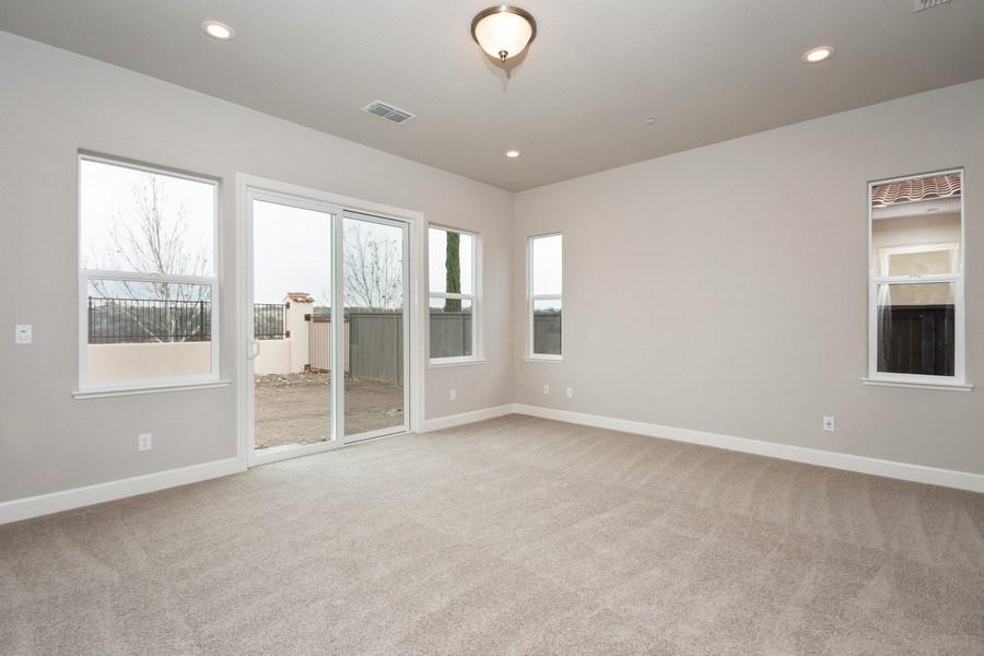 Real Estate Photography - 3505Paseo Mira Vista, Lincoln, CA, 95648 - Master Bedroom