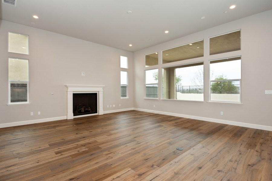 Real Estate Photography - 3505Paseo Mira Vista, Lincoln, CA, 95648 - Family Room