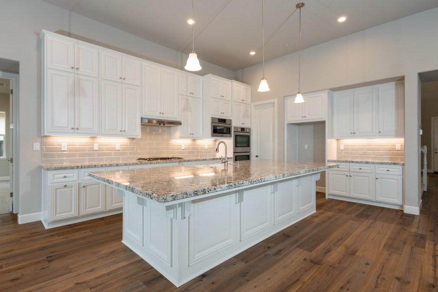 Real Estate Photography - 3505Paseo Mira Vista, Lincoln, CA, 95648 - Kitchen