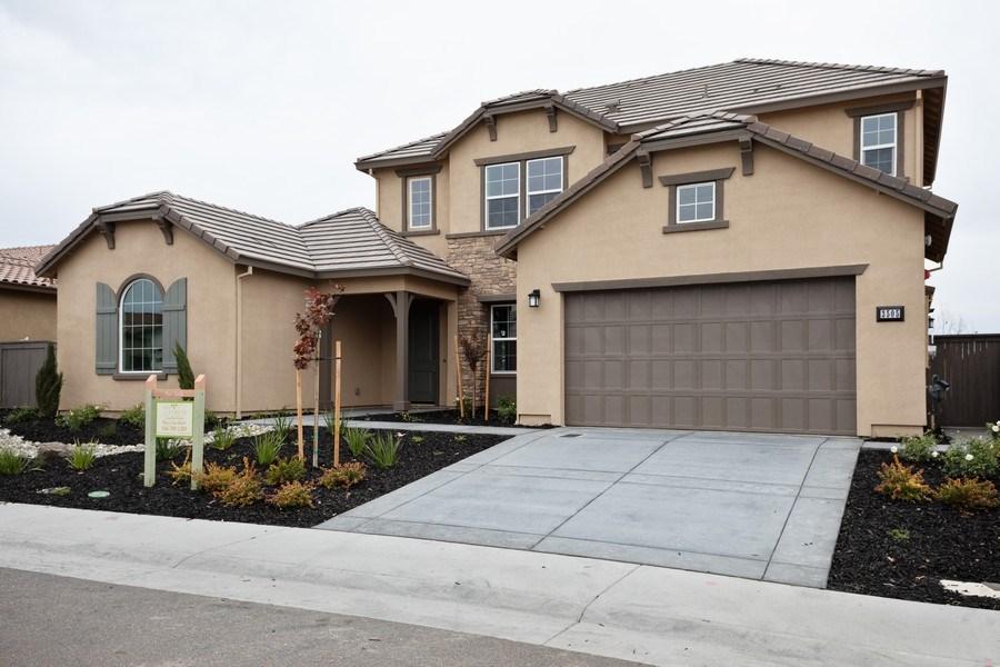 Real Estate Photography - 3505Paseo Mira Vista, Lincoln, CA, 95648 - Front View