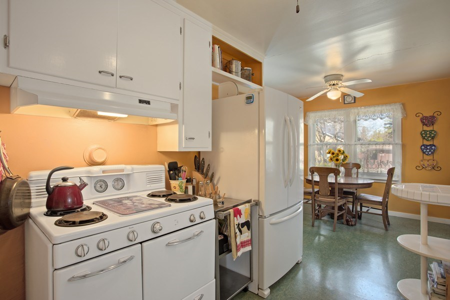 Real Estate Photography - 4308 F St, Sacramento, CA, 95819 - Kitchen