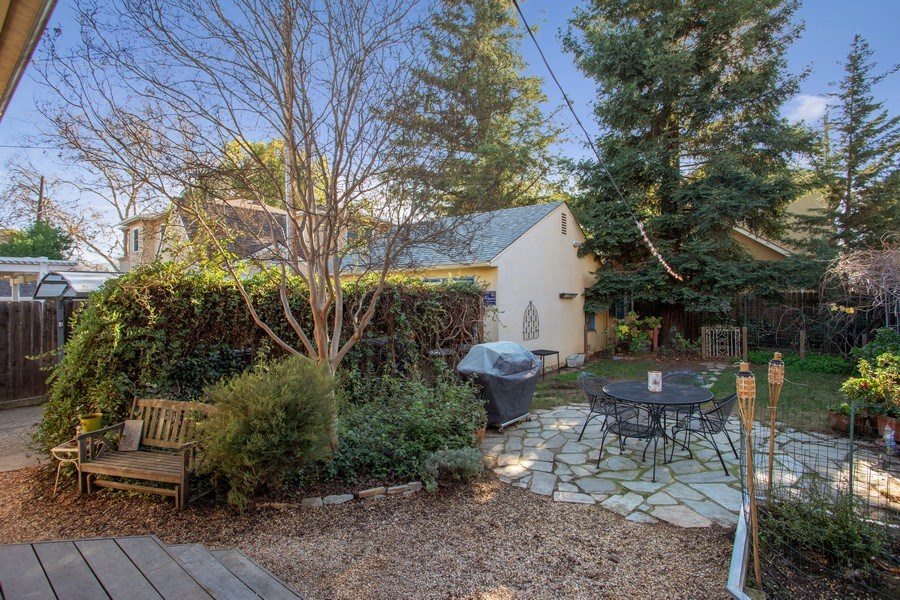 Real Estate Photography - 4308 F St, Sacramento, CA, 95819 - Back Yard