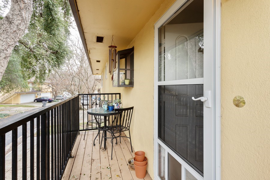 Real Estate Photography - 1920 El Paso Ave, Unit 4, Davis, CA, 95618 - Front View
