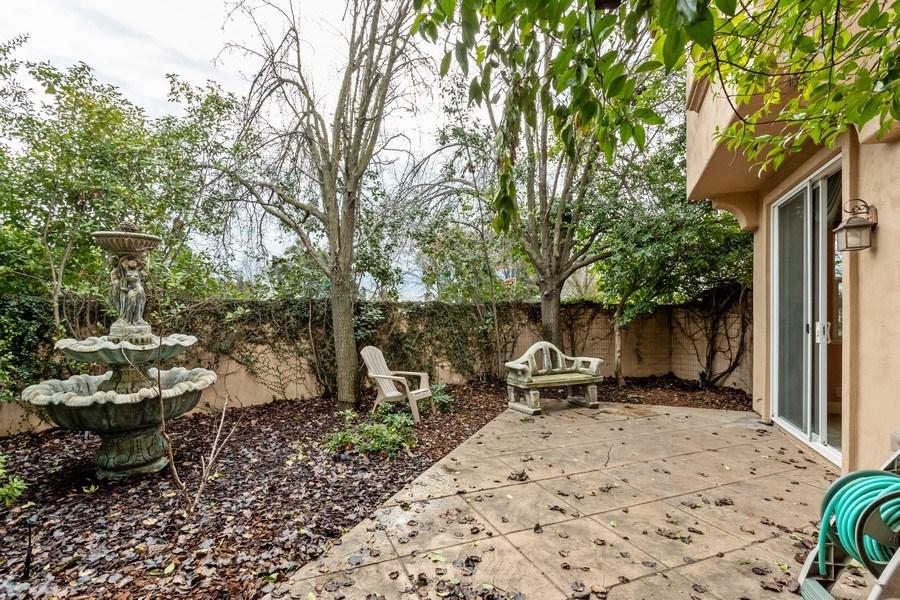 Real Estate Photography - 2019 Catalina Dr, Davis, CA, 95616 - Back Yard
