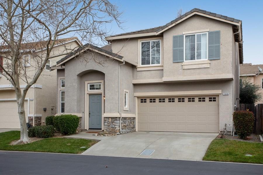 Real Estate Photography - 1026 San Gallo Terrace, Davis, CA, 95618 - Front View