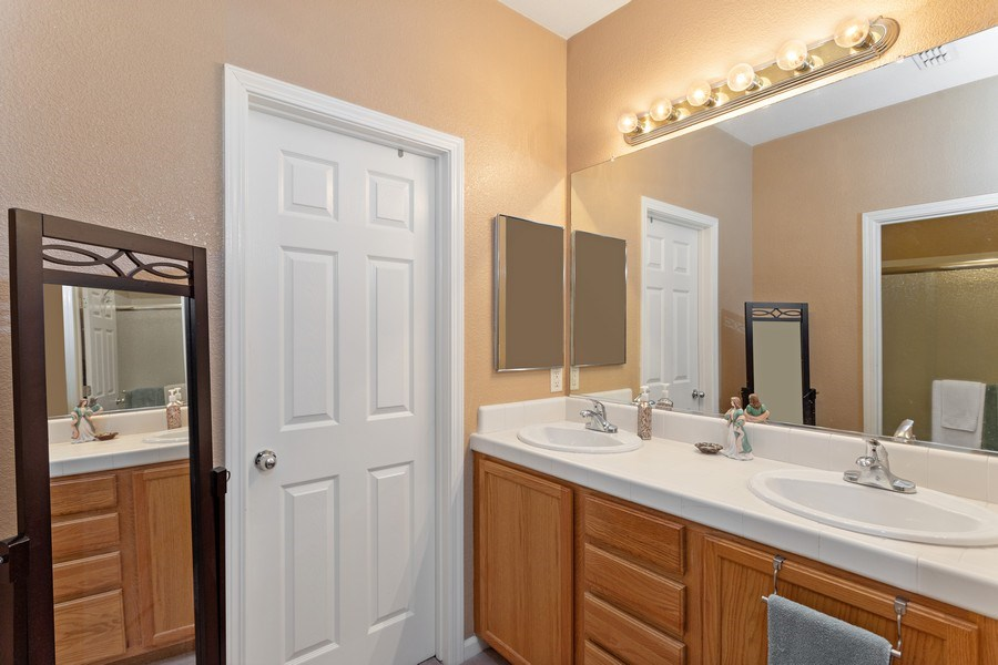 Real Estate Photography - 2505 Chesapeake Bay Circle, Cameron Park, CA, 95682 - Master Bathroom