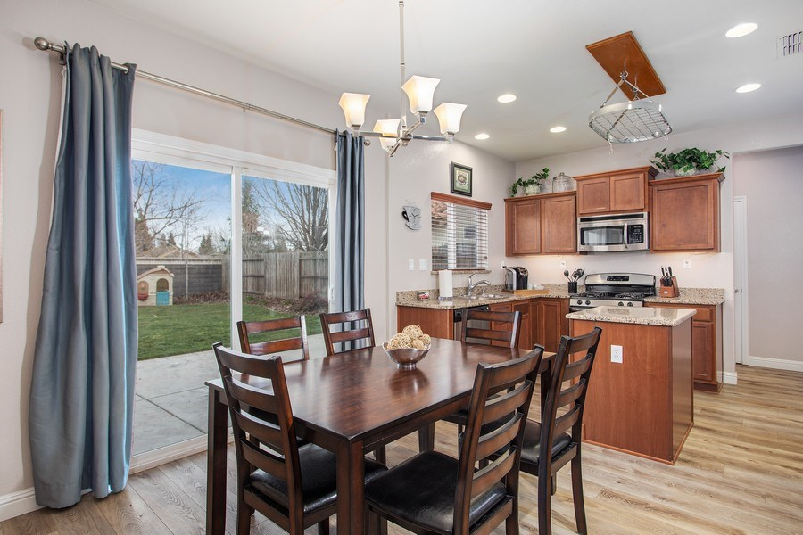 Real Estate Photography - 2264 Trimstone Way, Roseville, CA, 95747 - Kitchen / Dining Room