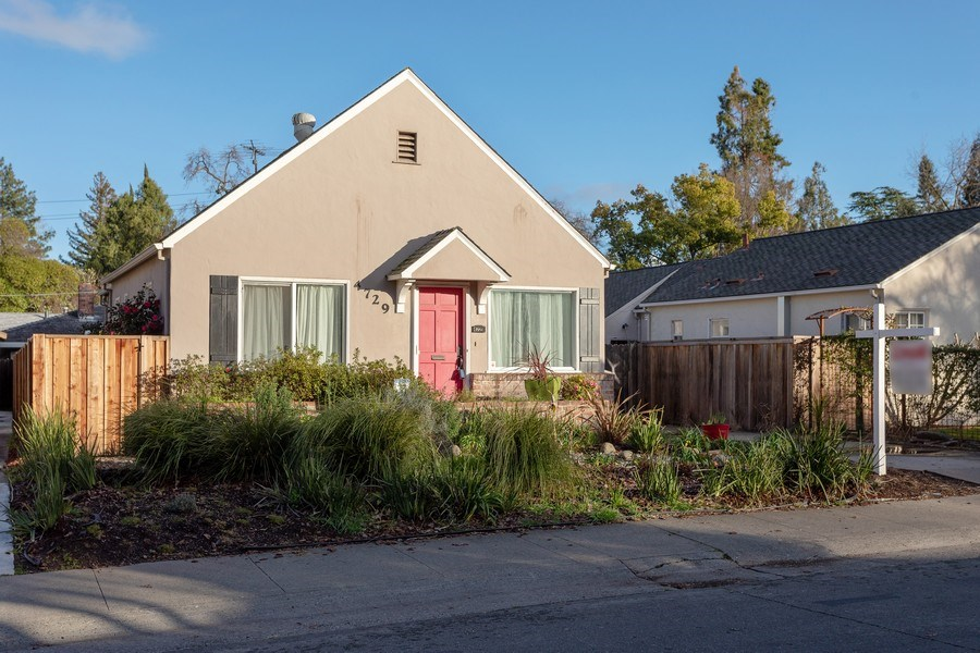 Real Estate Photography - 4729 Mead Avenue, Sacramento, CA, 95822 - Front View