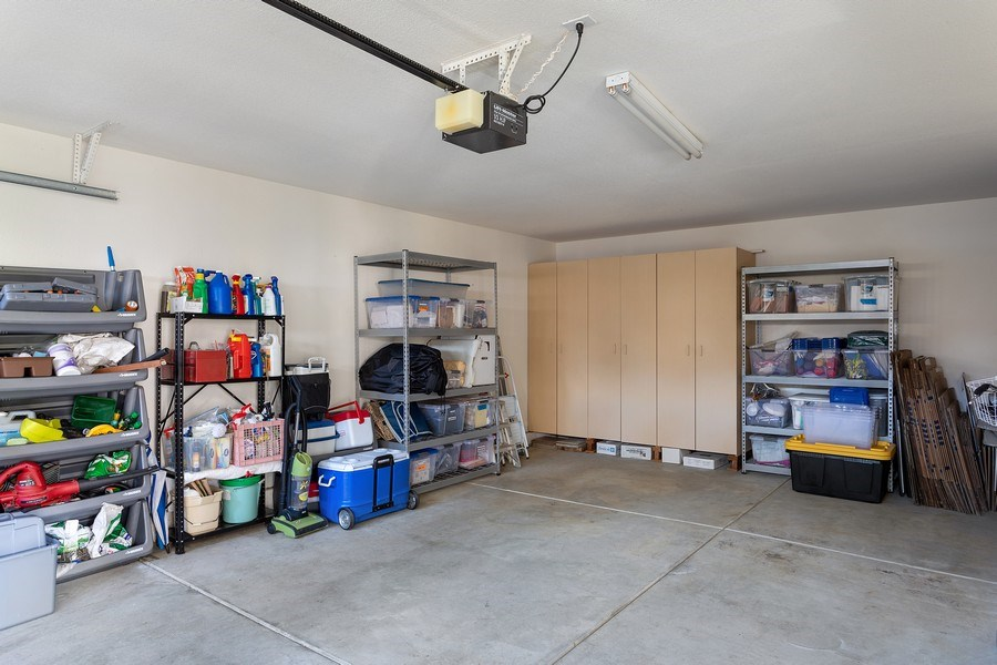Real Estate Photography - 1512 Navajo St., Davis, CA, 95616 - Garage