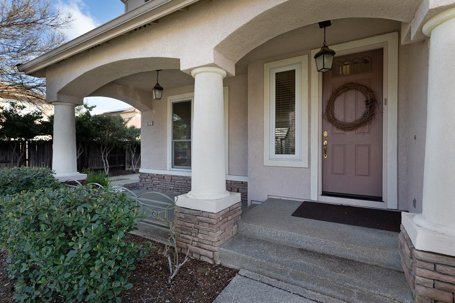 Real Estate Photography - 1512 Navajo St., Davis, CA, 95616 - Porch