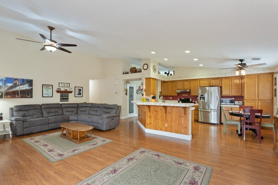 Real Estate Photography - 1460 Austin Dr, Dixon, CA, 95620 - Family Room / Kitchen