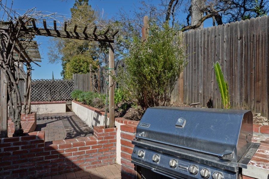 Real Estate Photography - 309 Walton Way, Roseville, CA, 95678 -