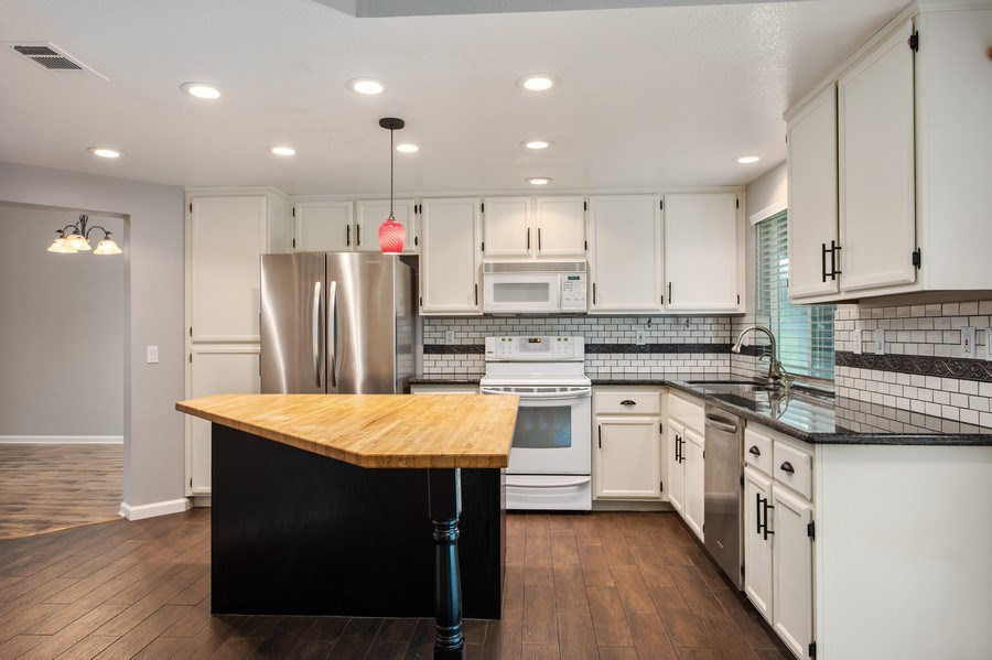 Real Estate Photography - 1408 Santander Ct., Davis, CA, 95618 - Kitchen