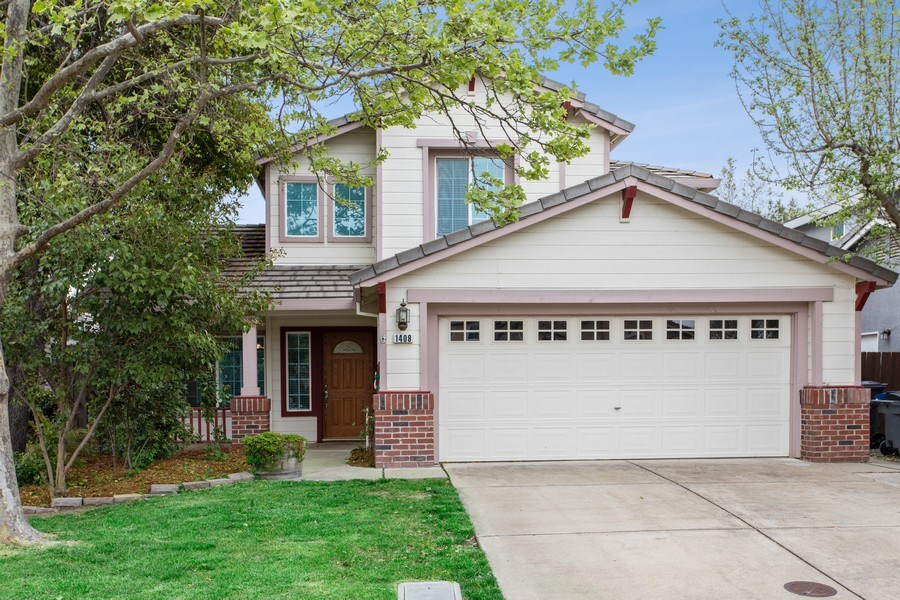 Real Estate Photography - 1408 Santander Ct., Davis, CA, 95618 - Front View