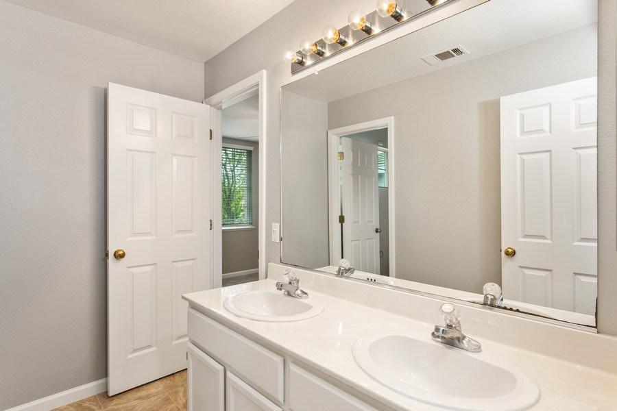 Real Estate Photography - 1408 Santander Ct., Davis, CA, 95618 - 2nd Bathroom