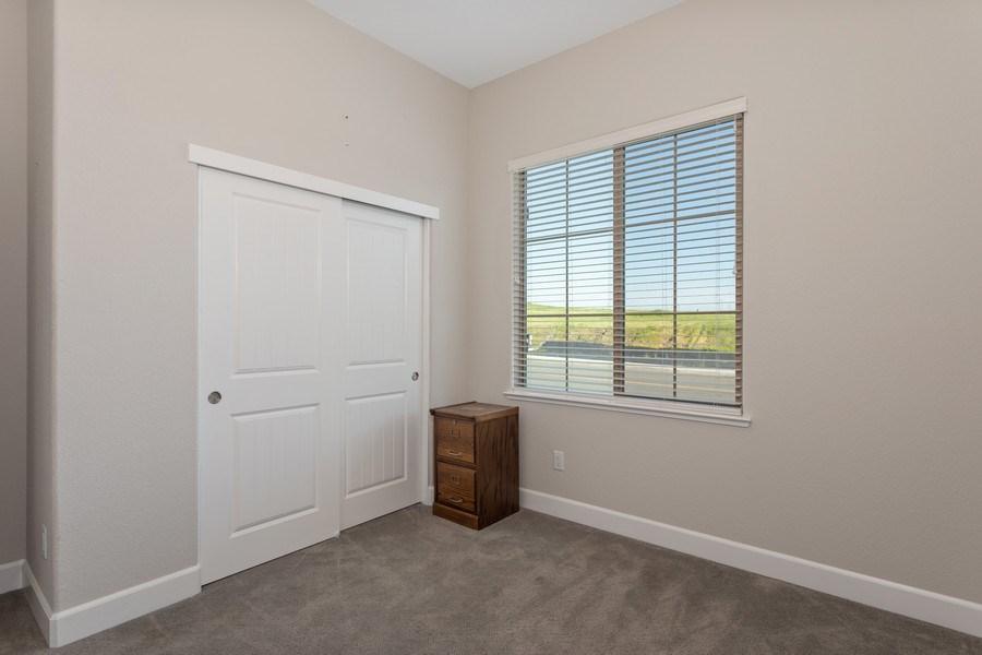 Real Estate Photography - 2901 Laredo Dr, Rocklin, CA, 95765 - 2nd Bedroom
