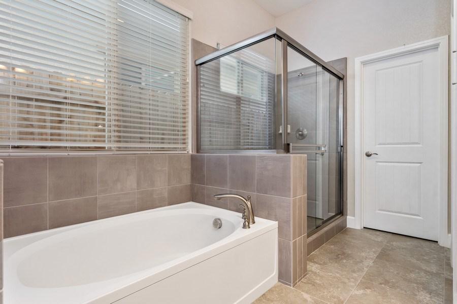 Real Estate Photography - 2901 Laredo Dr, Rocklin, CA, 95765 - Master Bathroom