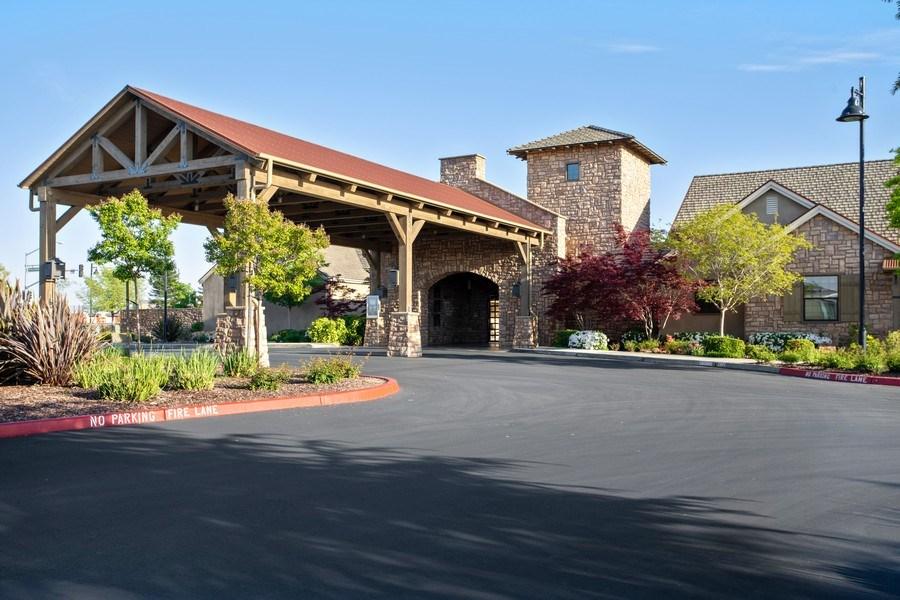 Real Estate Photography - 2901 Laredo Dr, Rocklin, CA, 95765 -