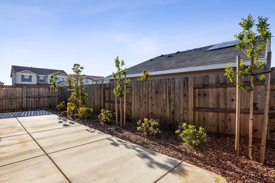 Real Estate Photography - 2901 Laredo Dr, Rocklin, CA, 95765 - Patio