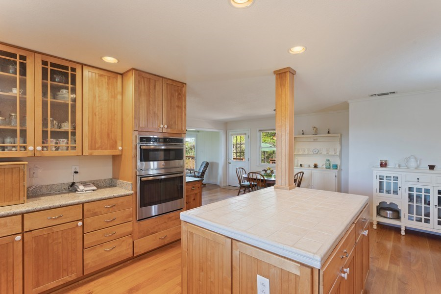 Real Estate Photography - 6810 Casa Vista Drive, Loomis, CA, 95650 - Kitchen