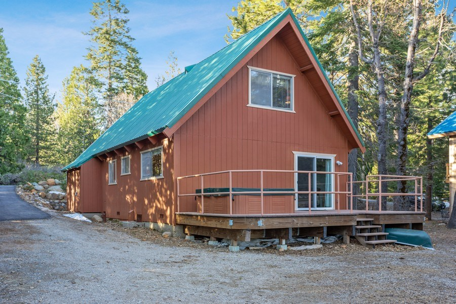 Real Estate Photography - 40980 Skyline Dr, Emigrant Gap, CA, 95715 - Rear View