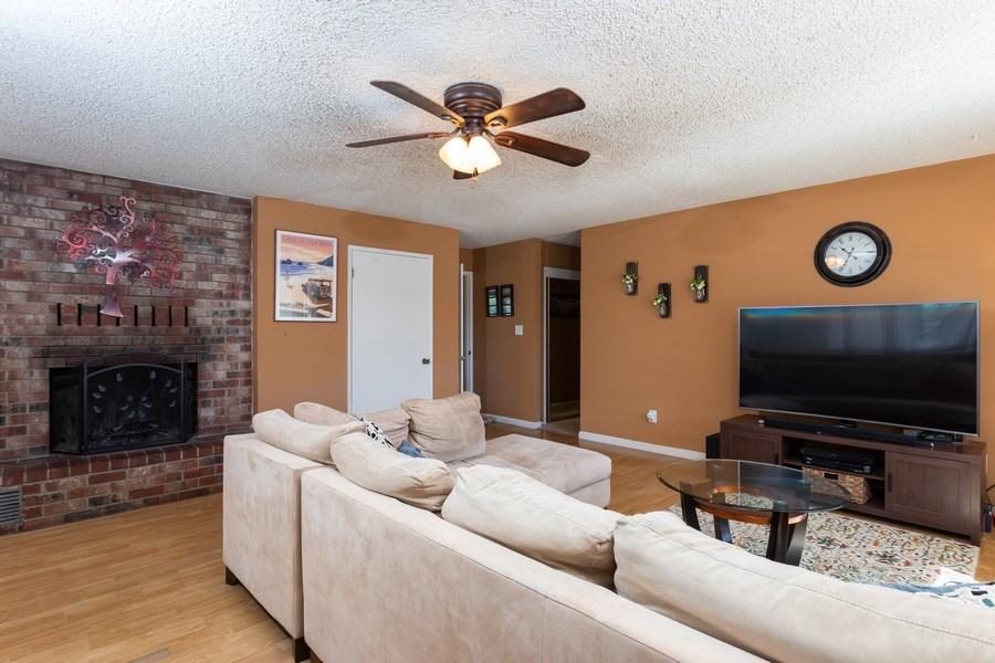 Real Estate Photography - 1370 Wesley Lane, Auburn, CA, 95603 - Family Room