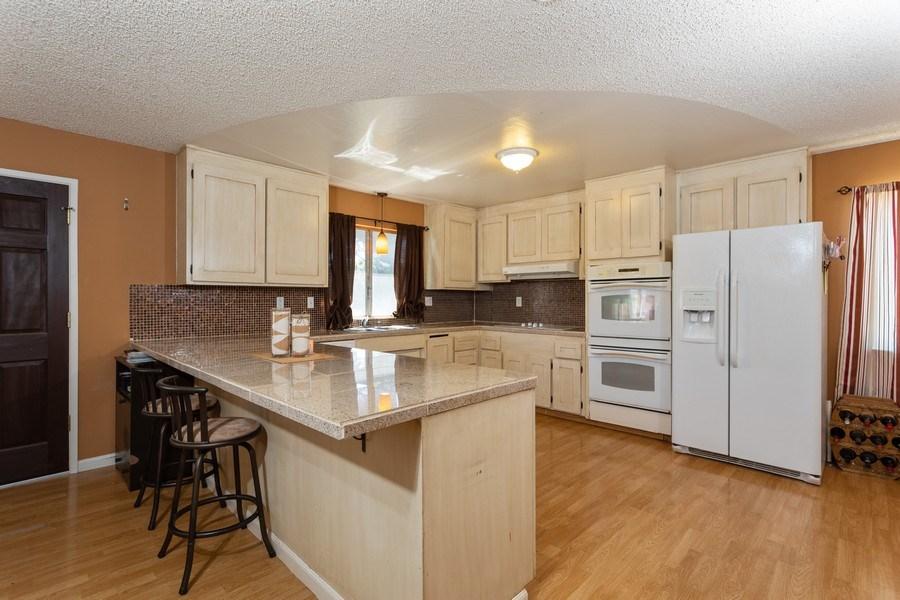 Real Estate Photography - 1370 Wesley Lane, Auburn, CA, 95603 - Kitchen