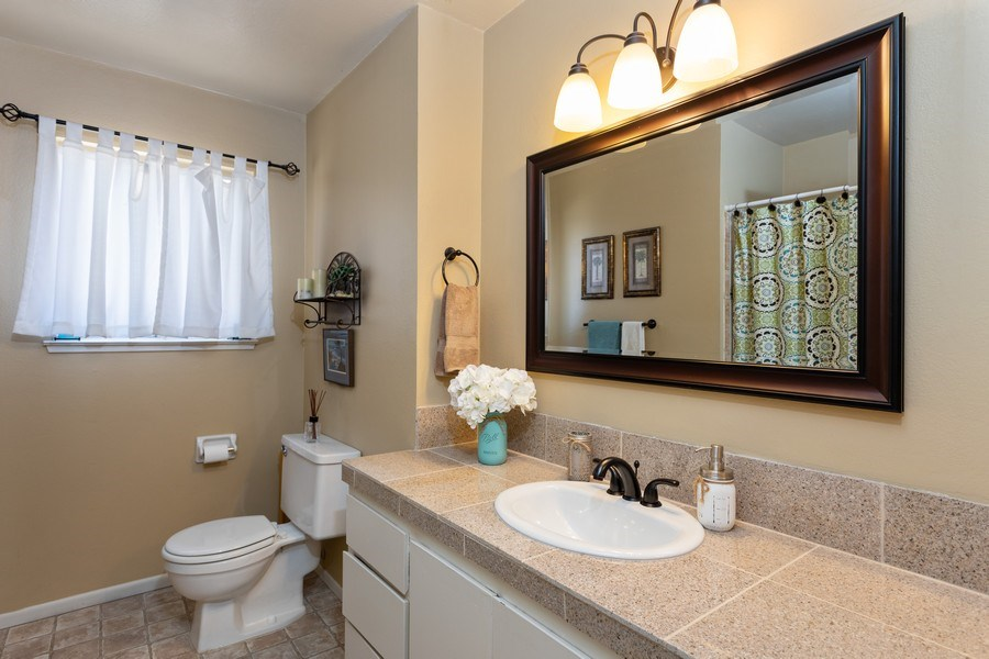 Real Estate Photography - 1370 Wesley Lane, Auburn, CA, 95603 - Bathroom