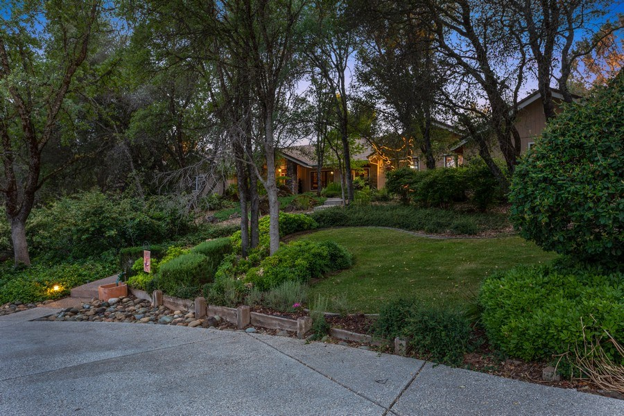 Real Estate Photography - 13485 Moss Rock Drive, Auburn, CA, 95602 - Front View