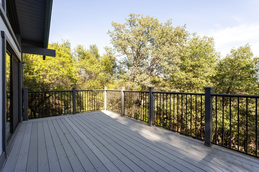 Real Estate Photography - 12521 Incline Drive, Auburn, CA, 95603 - Deck