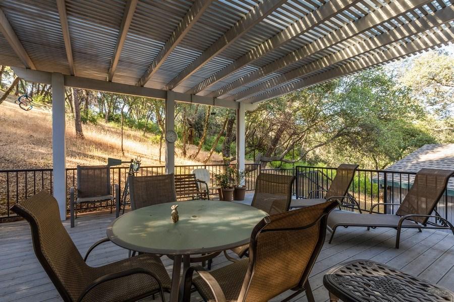Real Estate Photography - 12521 Incline Drive, Auburn, CA, 95603 - Patio