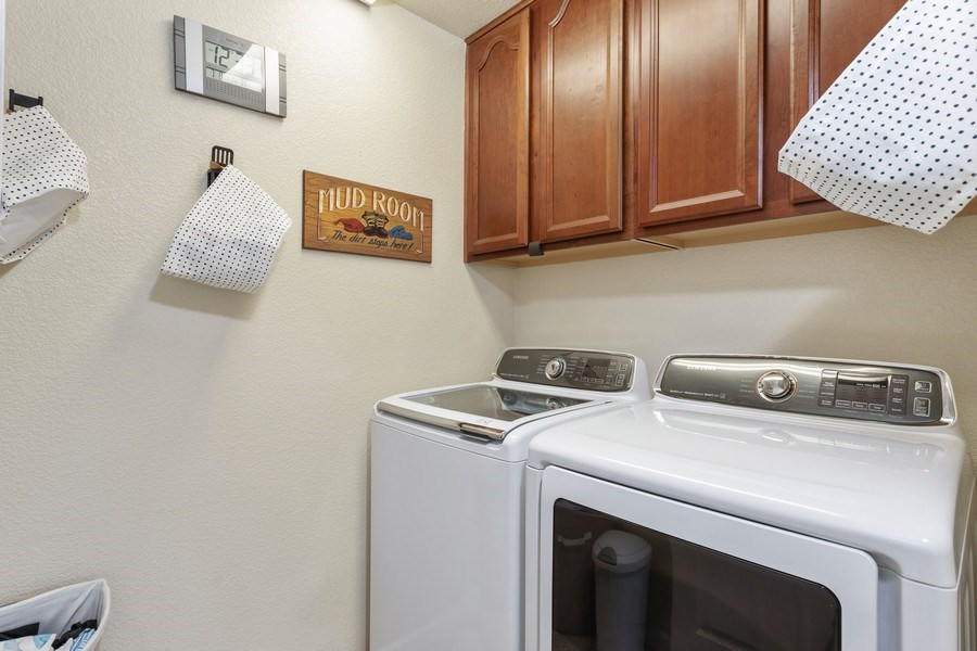 Real Estate Photography - 760 Elston Circle, Woodland, CA, 95776 - Laundry Room