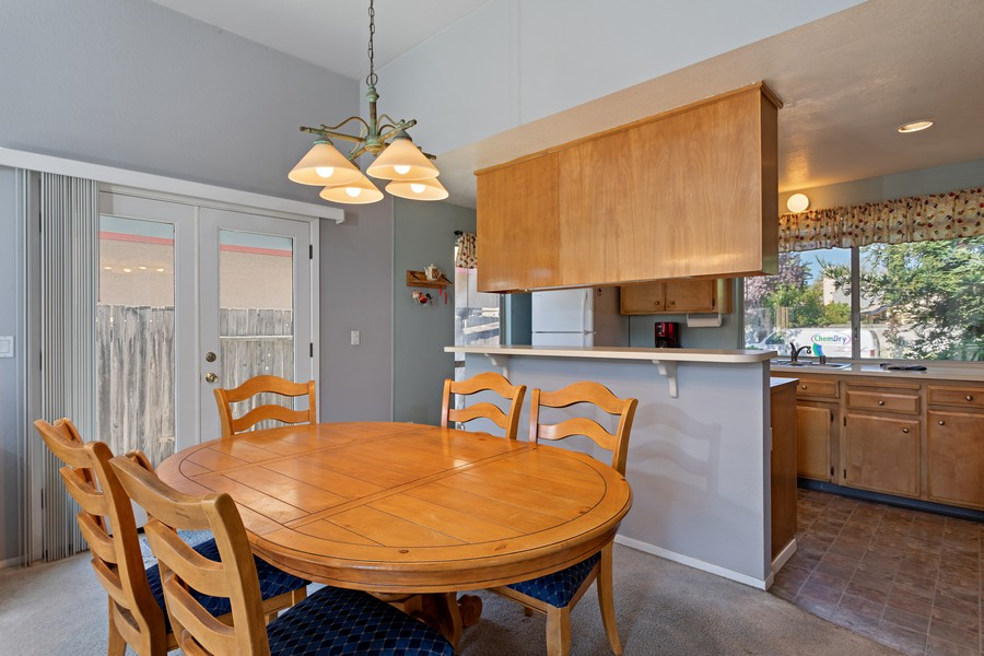 Real Estate Photography - 812 Donovan Court, Davis, CA, 95618 - Kitchen / Dining Room