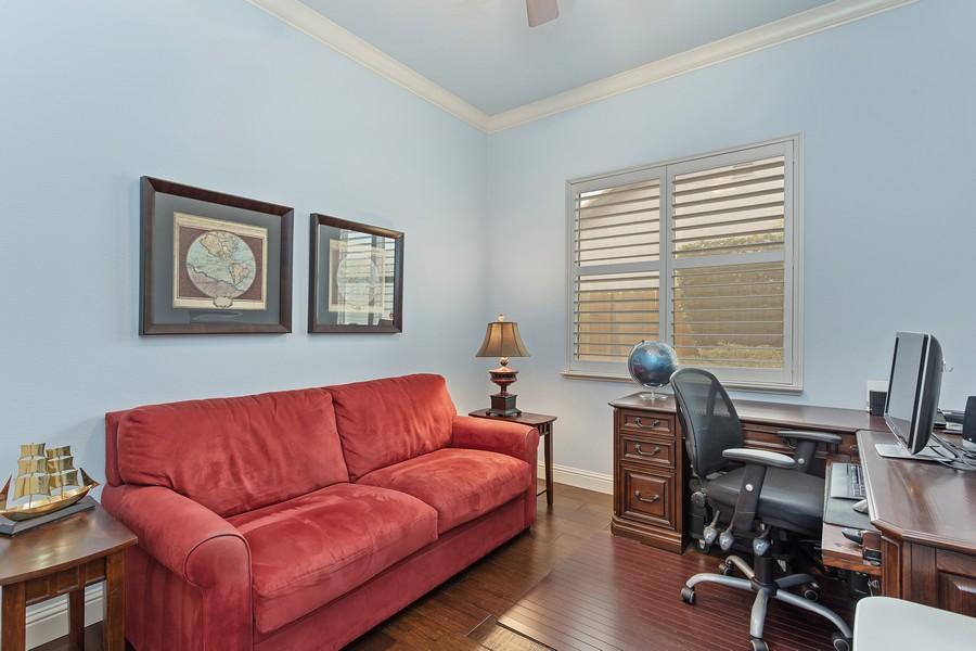 Real Estate Photography - 1809 San Carlos Cir, Roseville, CA, 95747 - 2nd Bedroom