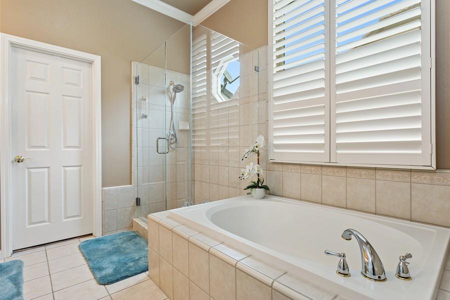 Real Estate Photography - 1809 San Carlos Cir, Roseville, CA, 95747 - Master Bathroom