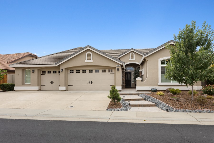 Real Estate Photography - 1809 San Carlos Cir, Roseville, CA, 95747 - Front View