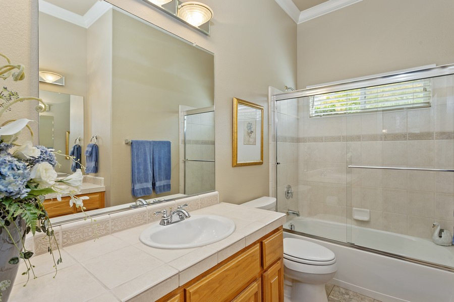 Real Estate Photography - 1809 San Carlos Cir, Roseville, CA, 95747 - Bathroom