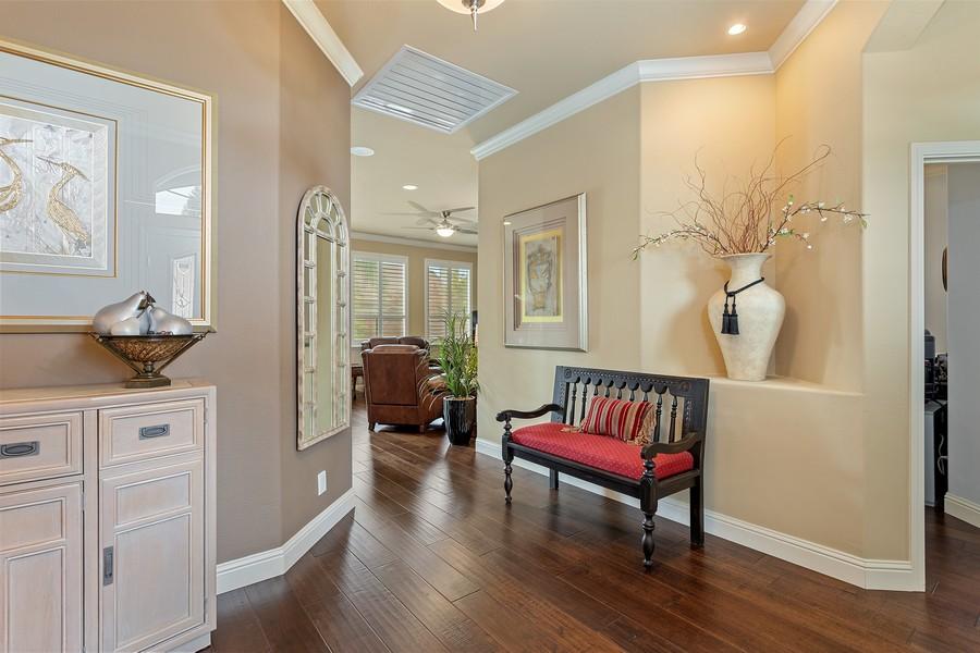 Real Estate Photography - 1809 San Carlos Cir, Roseville, CA, 95747 - Entryway