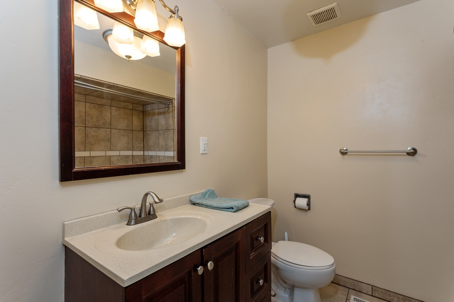 Real Estate Photography - 645 M Street, Lincoln, CA, 95648 - 2nd Bathroom