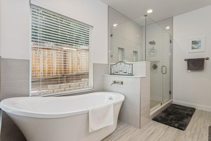 Real Estate Photography - 3205 Oxford Road, Cameron Park, CA, 95682 - Master Bathroom