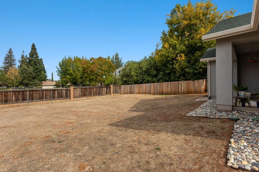 Real Estate Photography - 3205 Oxford Road, Cameron Park, CA, 95682 - Back Yard